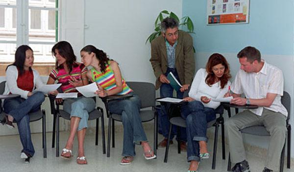 Sprachschule valletta schulzimmer studylingua