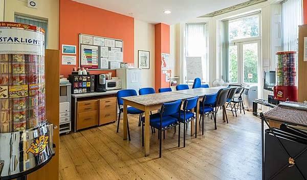 Sprachschule london hampstead cafeteria studylingua