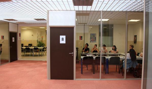 Sprachschule lyon schulzimmer studylingua